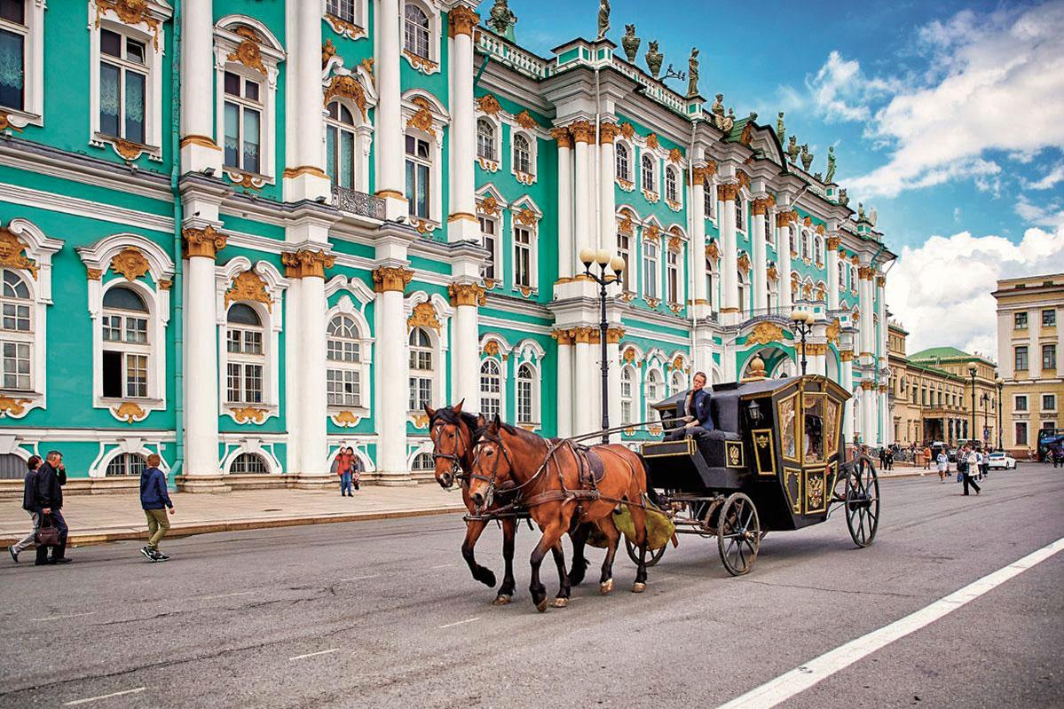 rusia_sanpetersburgo_hermitage_shutterstockrf_669812044_maraze_shutterstock